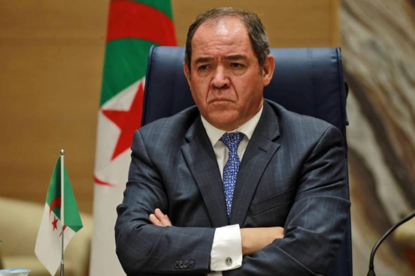 """الوزير الجزائري الحزين """" بوگادوم """" يتودد لوزير الخارجية الأمريكي  الجديد  دون أن يتجرأ على إثارة قضية الصحراء المغربية"""