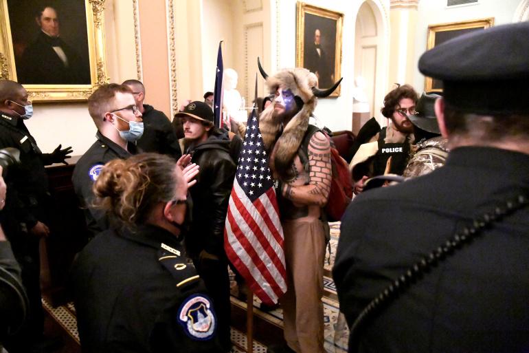 التحقيق في تهديدات موجهة لأعضاء في الكونغرس الأمريكي