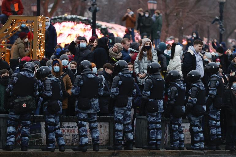 مظاهرات موسكو.. الصين تعارض تصريحات السفارة الأمريكية