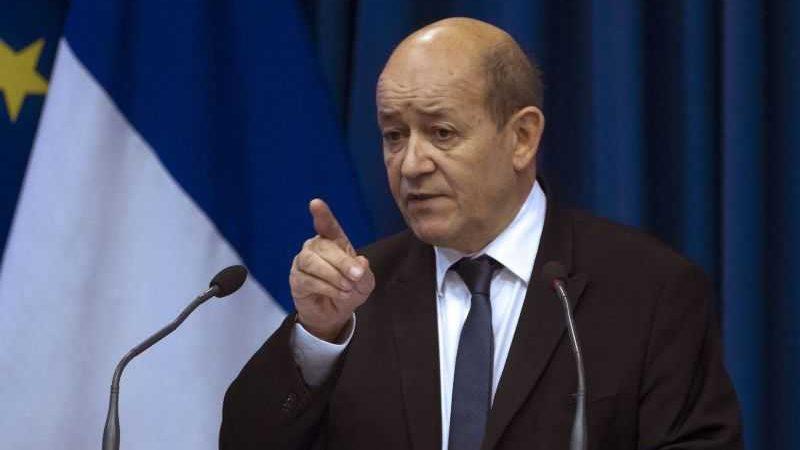 فرنسا لن تنضم إلى معاهدة حظر السلاح النووي
