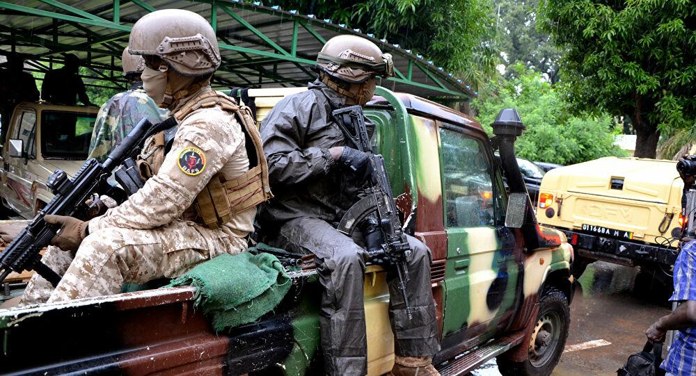 مقتل 6 جنود على يد مسلحين في مالي