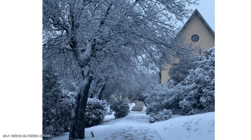 """الثلوج تزيل غبار الركود عن """"سويسرا المغرب"""""""
