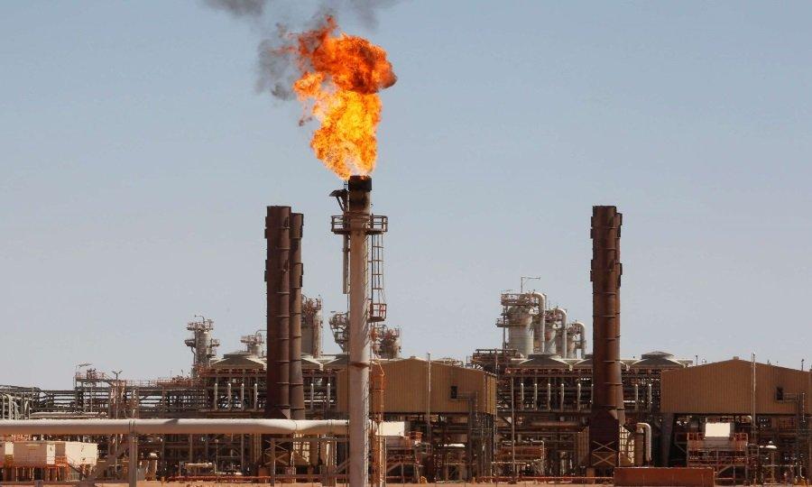 انخفاض صادرات الجزائر  من النفط والغاز في 2020