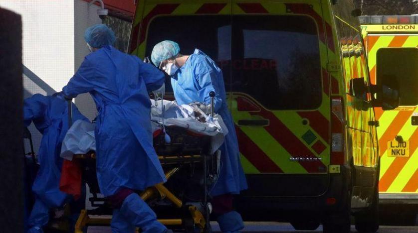 بريطانيا تسجل 592 وفاة جديدة بكورونا