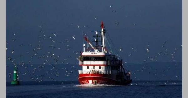 اصطدام سفينتين يونانية وتركية