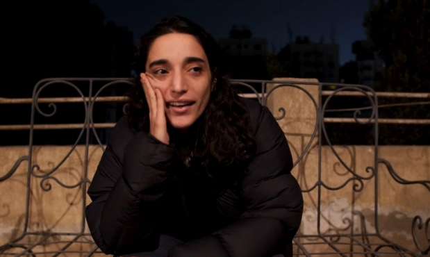 """السلطة الفلسطينية تطلق سراح سما عبد الهادي التي أقامت حفلا لموسيقى """"التكنو"""" في مقام النبي موسى بانتظار محاكمتها"""
