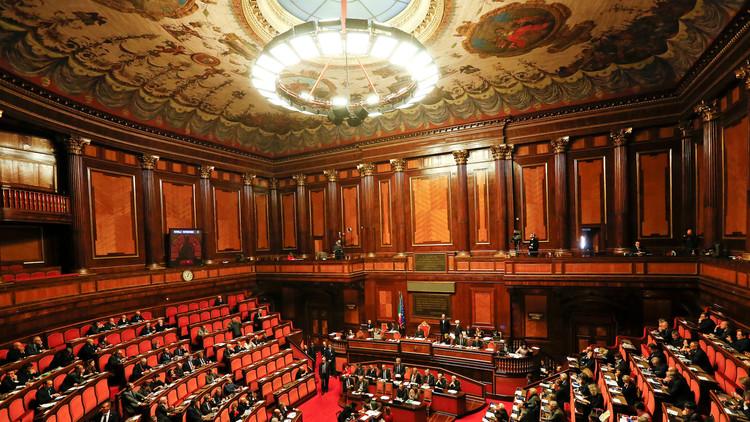 مشاورات في إيطاليا لتشكيل حكومة جديدة