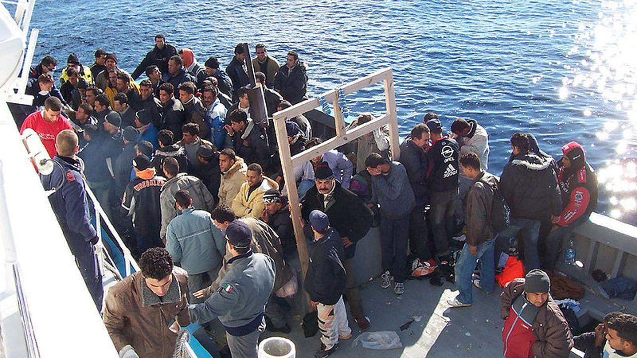 بعد شعور الشباب بالإحباط الذي أعقب الأمل الناتج عن الحراك الشعبي ،  الجزائر تحتل المرتبة الأولى في الهجرة السرية إلى إسبانيا