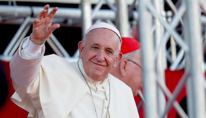 البابا سيلتقي السيستاني في العراق