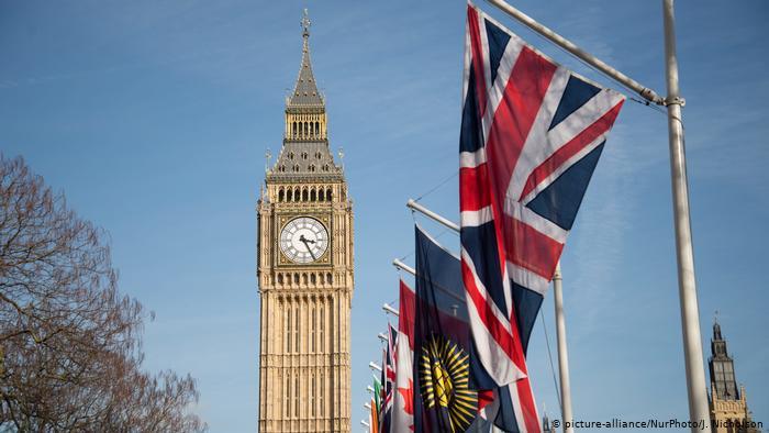 بريطانيا تسحب ترخيص قناة CGTN الصينية