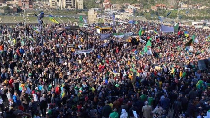 """في الذكرى الثانية لاندلاع شرارة الحراك ، مظاهرات حاشدة في """"خراطة"""" شرق الجزائر مهد الانتفاضة"""