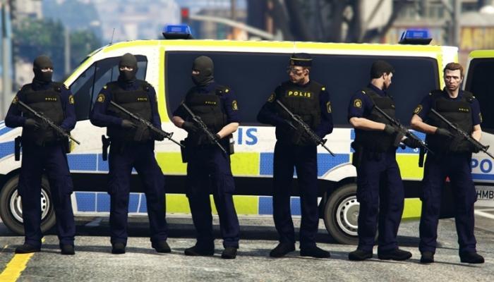 """إصابة 8 أشخاص في هجوم """"بجسم حاد"""" في السويد"""