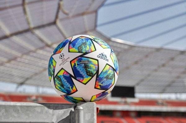 لاعبان عربيان ضمن التشكيلة المثالية لبطولة دوري أبطال أوروبا لكرة القدم