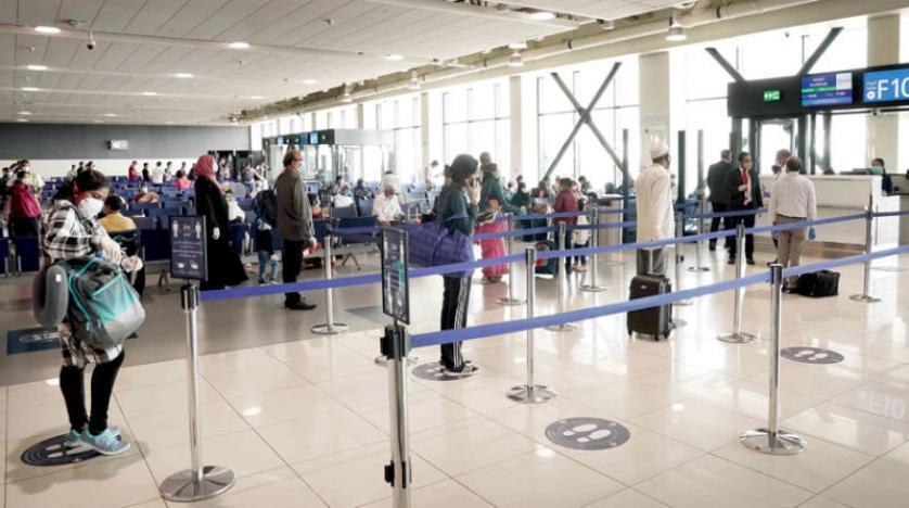 بريطانيا تعتزم تمديد حظر السفر الدولي حتى يوليوز