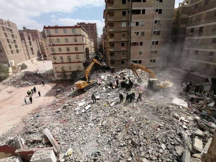مصرع 8 أشخاص في حادث انهيار مبنى سكني شرقي القاهرة