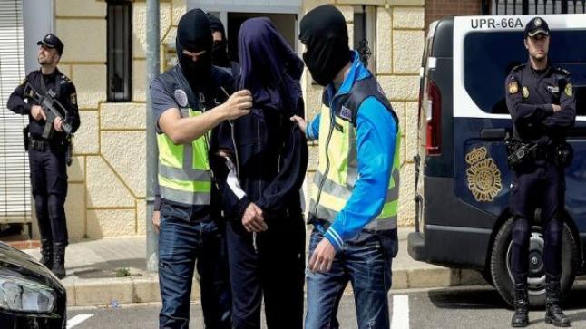 """إسبانيا.. اعتقال ناشط من """"البوليساريو"""" بتهمة التحريض على ارتكاب أعمال إرهابية ضد مصالح المغرب"""