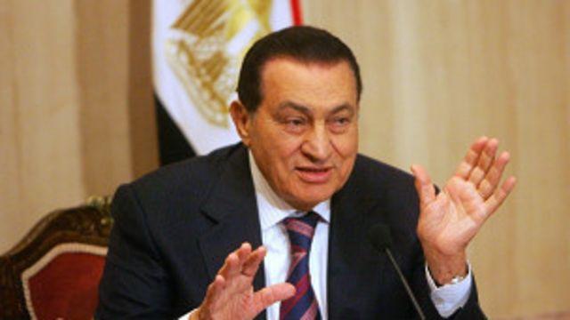 الاتحاد الأوروبي يعلن رفع العقوبات عن عائلة حسني مبارك