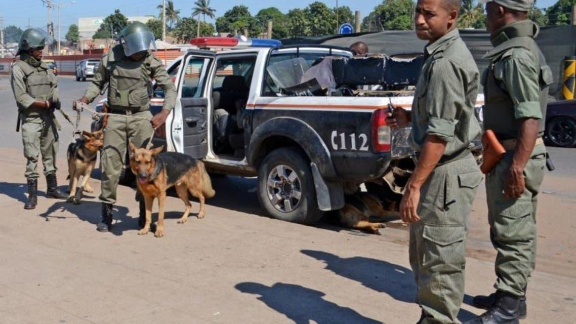 """موزمبيق.. """"توتال"""" تجلي ألف مستخدم من بلدة يحاصرها مسلحون"""