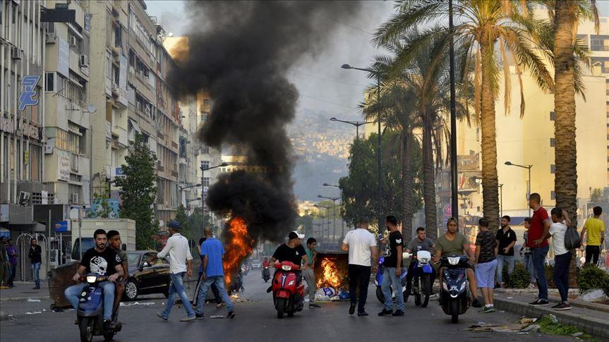 دهس محتجين في لبنان