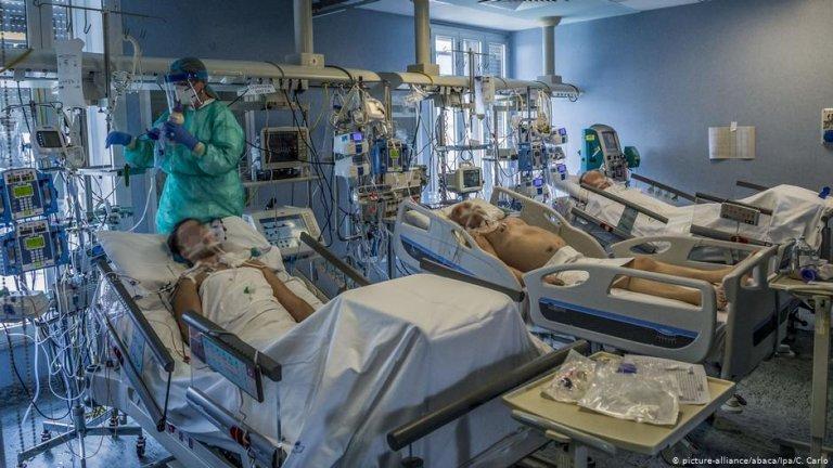 إيطاليا تتجاوز 3 ملايين إصابة بفيروس كورونا