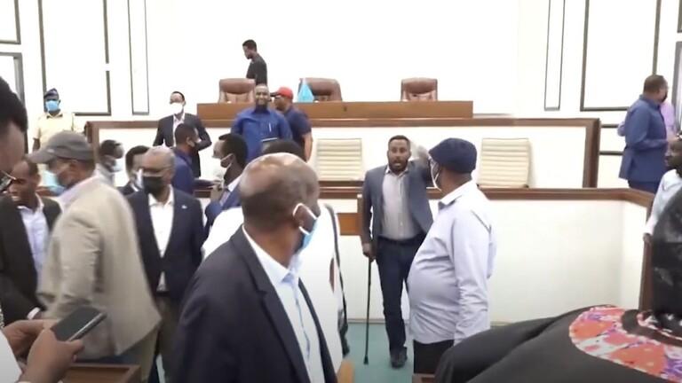 فوضى في إجتماع لمجلس الشعب الصومالي المنتهية ولايته