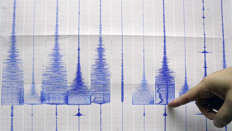 زلزال يضرب اليونان