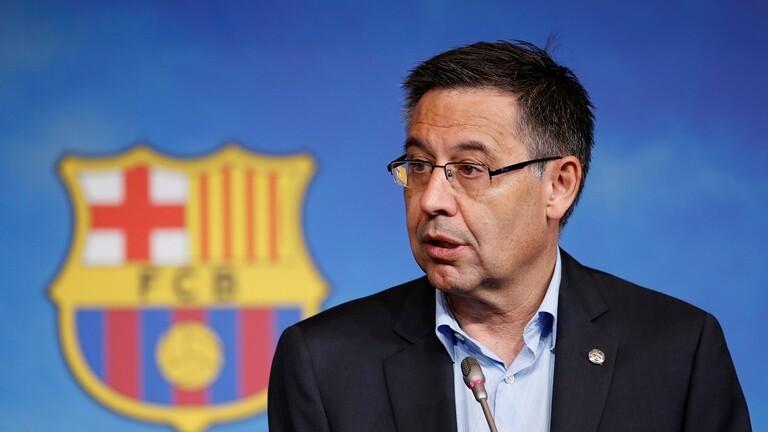 القبض على الرئيس السابق لنادي برشلونة لكرة القدم