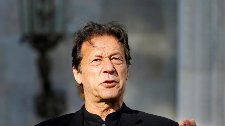 إصابة رئيس وزراء باكستان بفيروس كورونا