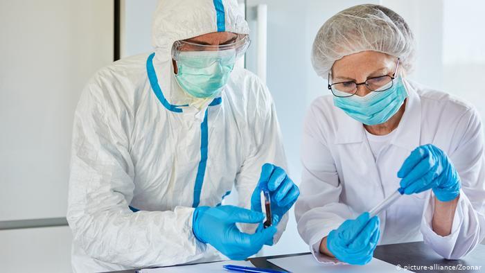 """باحثون أمريكيون : SARS-CoV-2 ربما انتشر دون اكتشافه بشهرين قبل ظهور حالات """"كوفيد-19"""" الأولى في ووهان"""