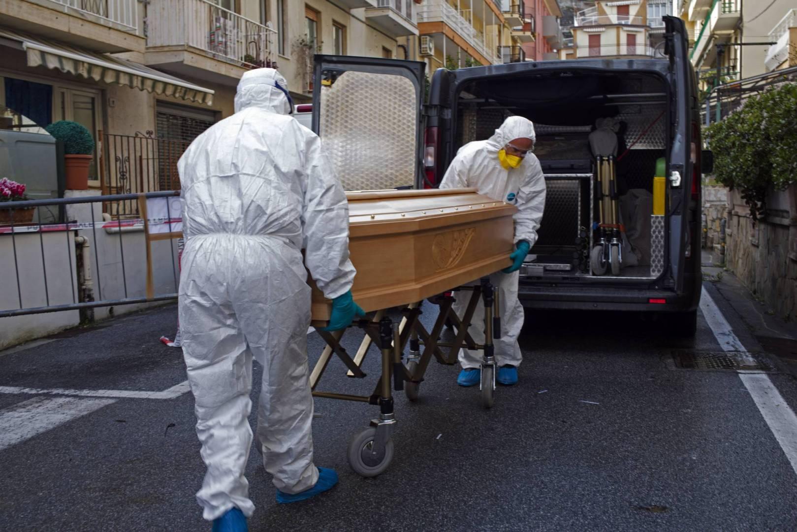 إيطاليا ..364 وفاة جديدة بكورونا