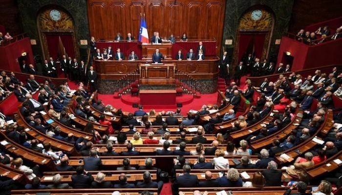 """البرلمان الفرنسي يقر قانون """"الأمن الشامل"""" المثير للجدل"""