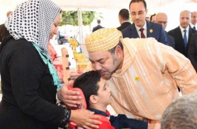 عاهل المغرب يعطي تعليماته لانطلاق عملية توزيع الدعم الغذائي.. ثلاثة ملايين مستفيد