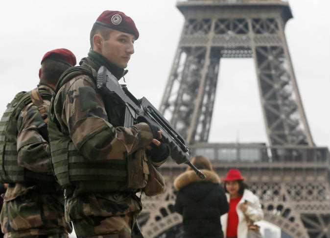 الجيش الفرنسي يتوعد 18 جنرالا بالعقاب