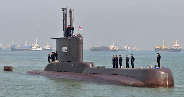 """البحرية الاندونيسية تؤكد أن الغواصة المفقودة """"غرقت"""""""