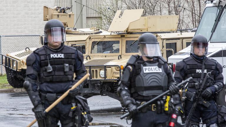 حظر التجول بولاية مينيسوتا الأمريكية بعد قتل الشرطة مواطنا من أصل إفريقي