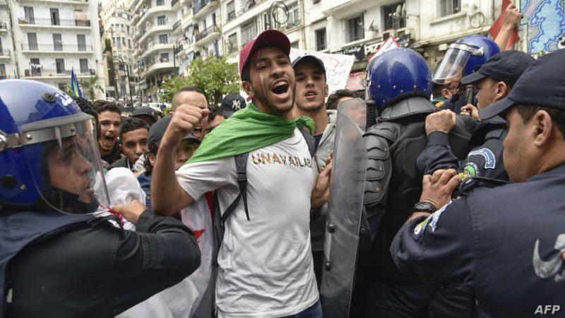 جمهورية تندوف .. إحالة العديد من المتظاهرين شاركوا في الجمعة 114 لمسيرات الحراك على أنظار العدالة