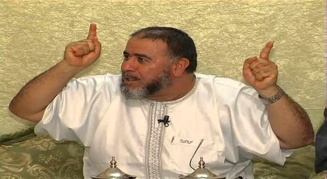 """الشرطة المغربية تحقق في"""" اعتداء"""" الشيخ النهاري بمسجد محمد السادس"""