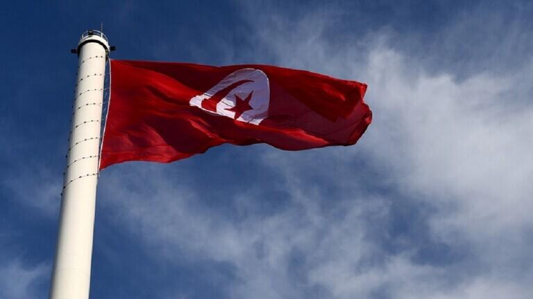 تونس .. أعضاء الحكومة يتبرعون بنصف رواتبهم لشهر أبريل لمساعدة الفئات الهشة