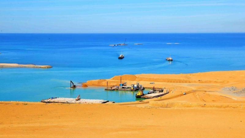 """المغرب يبسط سيادته على """"لكويرة"""" ويعلن تشييد ميناء"""