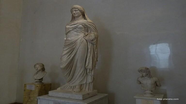 إعادة تمثال بيرسيفوني المسروق إلى ليبيا