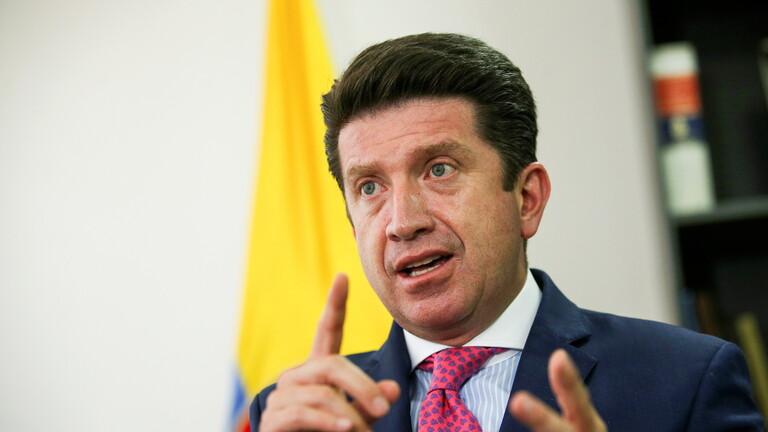 الخارجية الروسية تستدعي سفير كولومبيا بعد اتهامات وزير دفاعها بضلوع موسكو في هجمات إلكترونية ضد بلاده