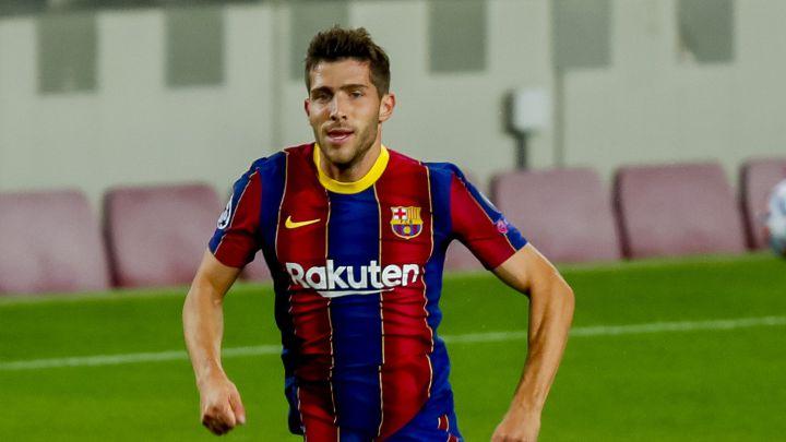 """""""سيرجي روبيرتو"""" أول الراحلين عن نادي برشلونة"""
