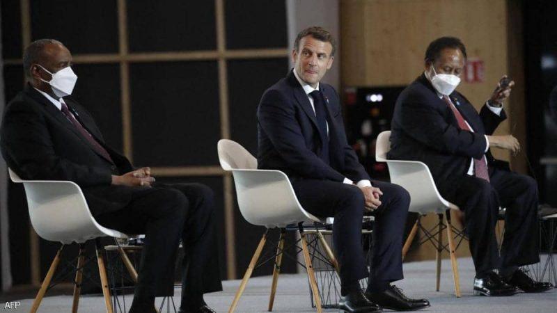 فرنسا تلغي ديون السودان