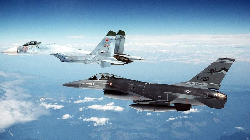 مقاتلة روسية تعترض 3 طائرات عسكرية فرنسية فوق البحر الأسود