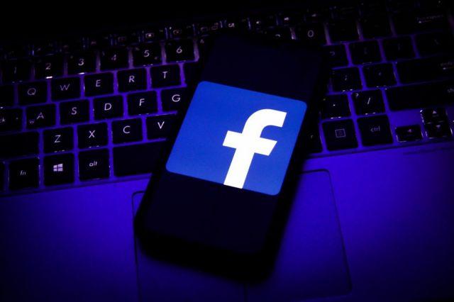 """""""فيسبوك"""": روسيا وإيران أكبر مصدر للصفحات الزائفة لتضليل المستخدمين على الموقع"""