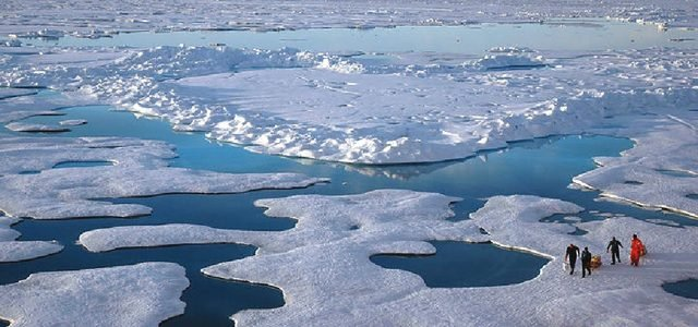 وزير روسي: أكبر الدول الآسيوية تنظر إلى الطريق البحري الشمالي كبديل لقناة السويس