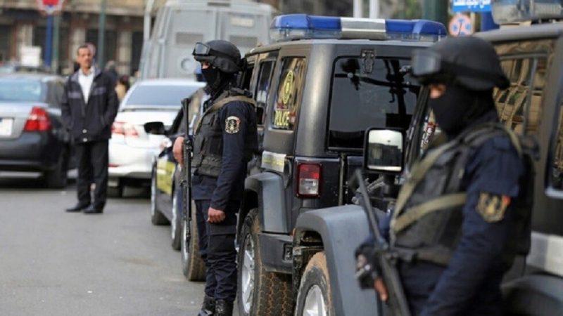 مصر:  صاحب مخبز  يذبح زوجته و أبناءه الستة