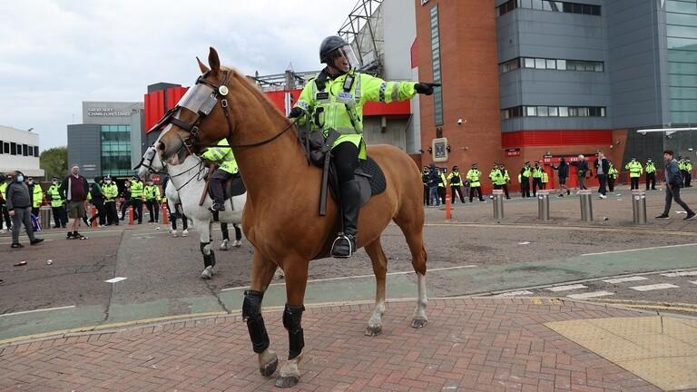 تأجيل مباراة مانشستر يونايتد وليفربول لأسباب أمنية