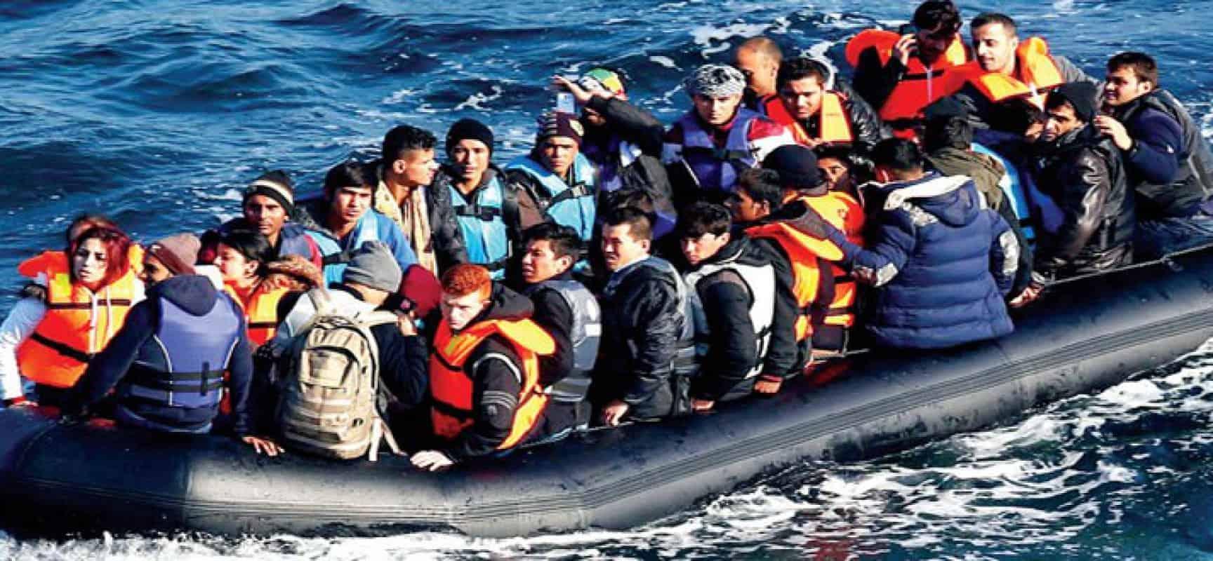 بعد انسداد الآفاق وشعوره بالإحباط، شباب الجزائر يهرب بالآلاف عبر قوارب  الموت إلى إسبانيا