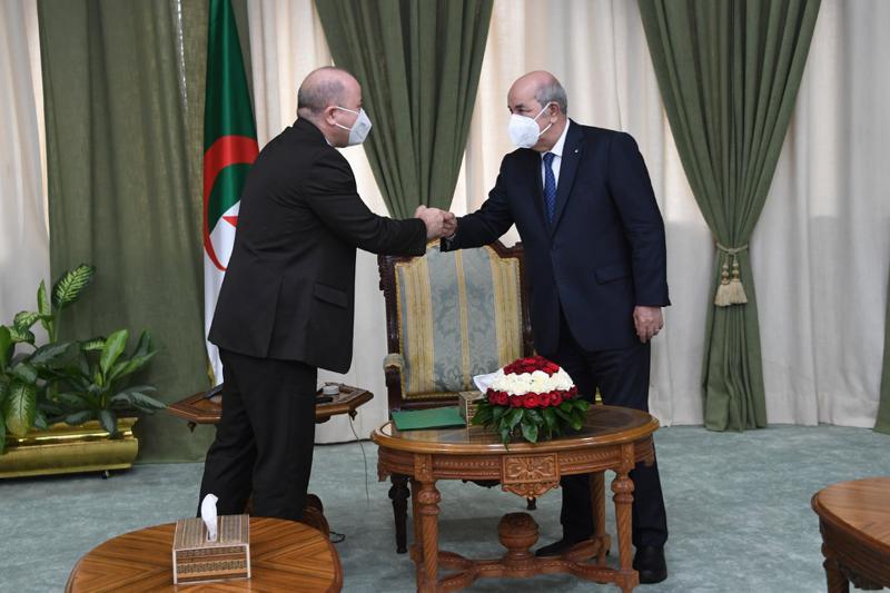 """الرئيس الجزائري """"تبون"""" يُعيِّن وزير المالية """"أيمن بن عبد الرحمان"""" وزيرا أول وكلَّفه بتشكيل الحكومة"""